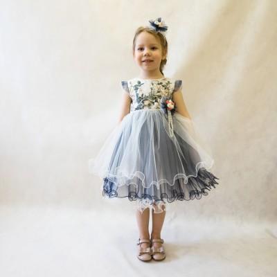 Платье с цветами синее